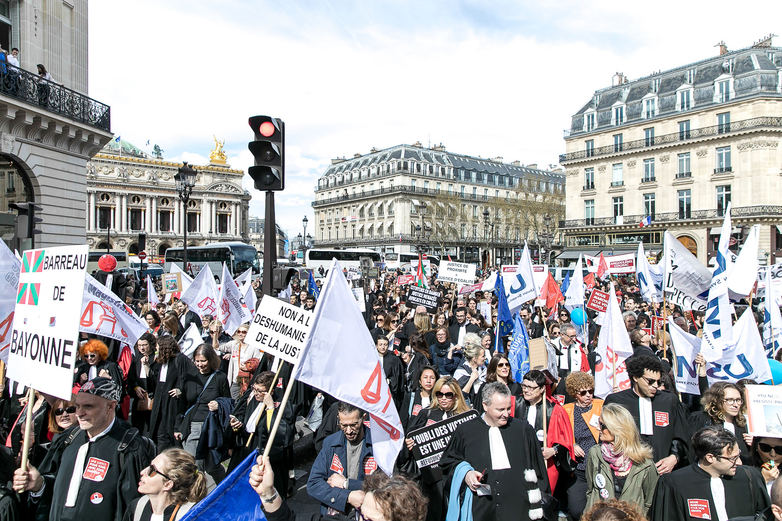Manifestation des avocats le 11 avril 2018